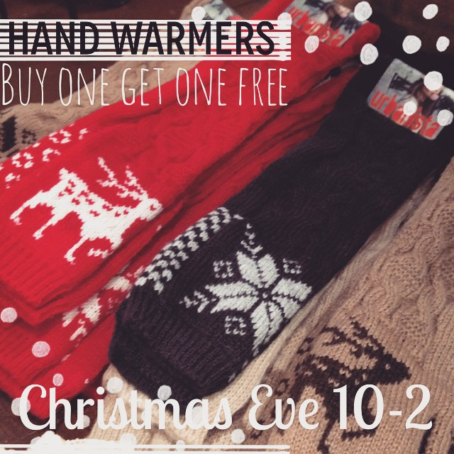 Christmas Eve special at @rruscovidalia. All hand warmers are BOGO free today. We're open 10-2.