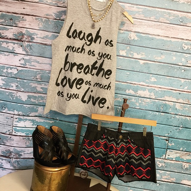 Loving this outfit pair up! Come by today to check out our new graphic tanks!
